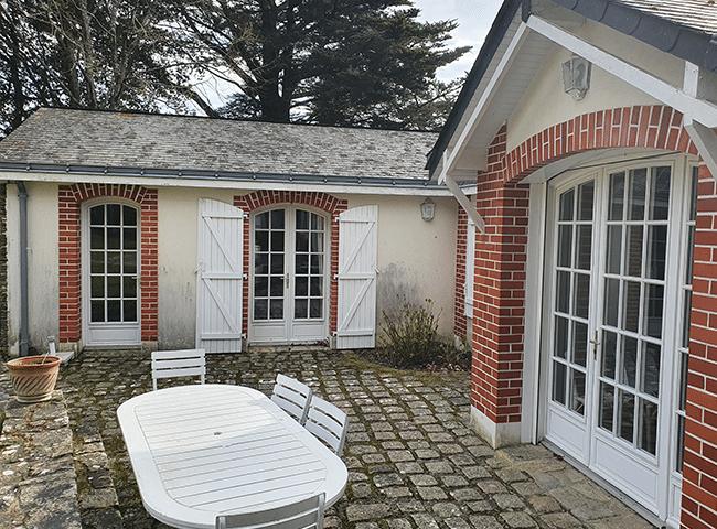 Porte-fenêtre bois Pasquet Menuiseries Lignal